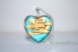 Wholesale 10pcs England Map Pendant London England England Map heart Necklace Glass Photo Cabochon Necklace