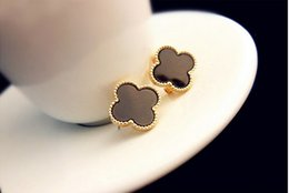 Wholesale Fashion Brand K Gold Plated Four Leaf Clover stud Earring for Women Lucky grass Jewelry Ladies Accessories Best Gift W438