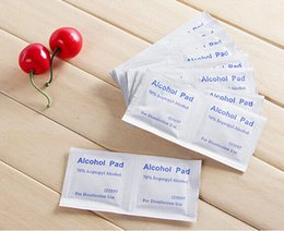 Wholesale Outdoor Travel First Aid Medical Alcohol Swabs Cotton Pads Piece Disinfectant Wipes Disinfectant Alcohol Wipes Cotton Sheet