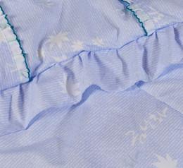 Edredones de seda pura en venta-Promoción al por mayor-Caliente! luz linda del estilo de la flor púrpura suave 1,5 kg cálido edredón de seda pura del verano por completo / reina edredón del cordón del tamaño 200x230cm