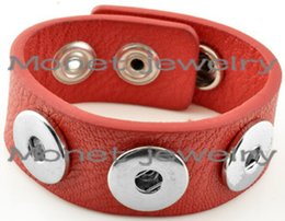 Fashion Jewelry Bracelets P00061 OEM ,ODM welcome hot sale leather button bracelet button effect button cell batteries lr41