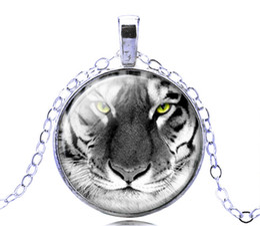Silver Glass Tiger Pendant Necklace Rare Stylish Wild Animal Charm Amulet New Fantasy Jewelry 12PCS Free Shipping