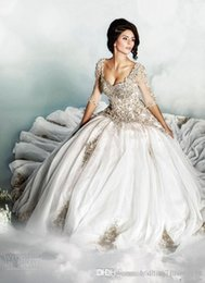Wholesale Dar Sara Wedding Dresses Ball Gown Scoop Tulle Bridal Gowns Sheer Neck Appliques Beads Crystals Half Long Sleeve White Wedding Dress