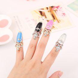Wholesale 2016 fashion women s crown ring European and American fashion fan shining diamond drip ring nails ring