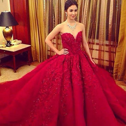 Luxury Prom Dresses 2016 Red Ball Gown Wedding Dresses Sweetheart Beaded Appliques Sweet 16 Quinceanera Dresses