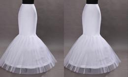 Wholesale Manufacturers fishtail wedding dress pannier pannier serves the activities of accessories trade show supplies standard size