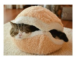 Wholesale Kitty Hamburger Litter Disassemblability Windproof Pet Nest Shell Cat Bed Hiding Burger Bun Pet Cat Bed