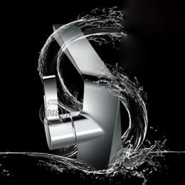 Wholesale Freeshipping B R Luxury banheiro Chromed Brass single handle single hole faucet for bathroom faucet tap bathroomFA