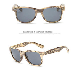 Wholesale European and American classic designer sunglasses new meters nails grainy color film glasses male and female models sunglasses retro glasses