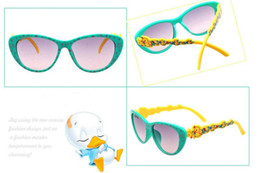 Wholesale Sunglasses For Babys Children Boys And Girls Cute Little Duck Toad Star Model Lovely Decoration Big Box Personality