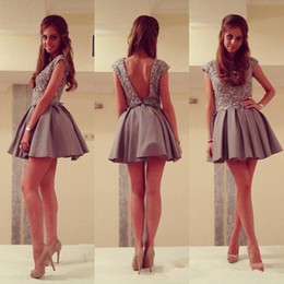 Gray Short Backless Homecoming Dresses Jewel Sleeveless Lace Beaded Top A line Party Cocktail Dress High Quality