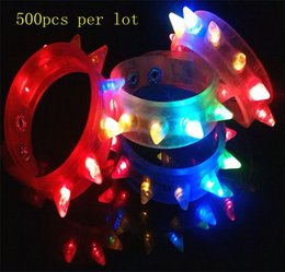 500pcs lot Party Glowing Bracelet LED Lights Flash Wrist Multicolor Light Up Hand Ring with Battery for Night Party Toy Supplies