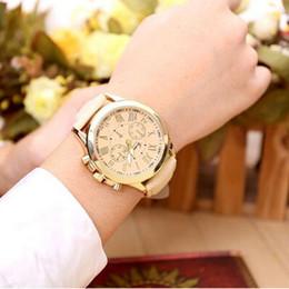 Wholesale-Feitong New Leather Geneva Women Geneva Girls Watch Dress Wristwatches Woman Quartz Watch Gift Popular Geneva relojes Mujer
