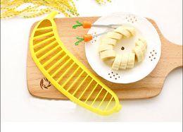 Wholesale Banana Slicer Chopper Cutter for Fruit Salad Sundaes Cereal Kitchen Tools fashion symple style