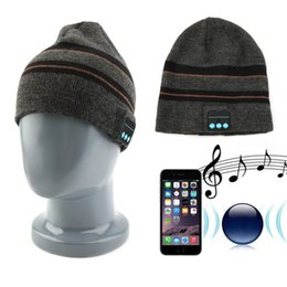 Wholesale Unisex Soft Warm Winter Hat Wireless Bluetooth Hat Knit Stripped Hat With Headphones Handsfree For Music new arrival