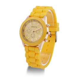 Fashion Jelly Quartz Geneva WatchThree Circles Display Silicone Strap Candy Color Unisex Rubber Band Free Shipping