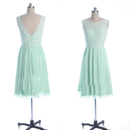 Cheap Mint Green Bridesmaid Dresses Sheath Party Homecoming Sheer Bateau Neck Backless Lace Top Pleated Chiffon Knee Length Maid of Honor