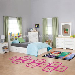 Wholesale NEW arrival Removable R grid game floor hopscotch vinyl sticker for kids playing room decoration ZOOYOO8310