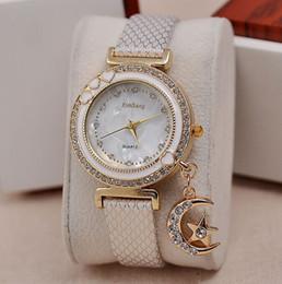 Luxury Diamond wristwatch Female Crystal Watch with Shiny Star moon Pandent shell style Leather Watch Kimseng Ladies Quartz watch