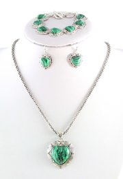 Wholesale Retro Craft Silver Plated Heart Necklace Natural Malachite Stone Jewelry Sets