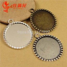 Wholesale Pendant Trays quot mm Round Silver Antique Bronze Blank Bezel Cabochon Base Settings Alloy Charm Pendants