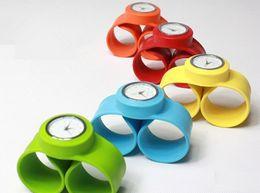 When volume Shu silicone ring pops watch, children and adolescents fun watches, fashion quartz watch multicolor