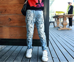 Wholesale best selling Girl Jeans For Autumn Full Fashion Chicken Tracks Printed Pants For Children Hole Pocket Back Elastic Waist Kid Trousers