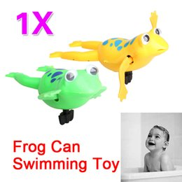 Wholesale Funny Baby Kids Bath Toy Clockwork Wind Up Plastic Swimming Frog Battery Operated Pool Bath for Kids Baby E5M1