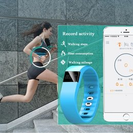 Wholesale Fitness Activity Tracker tw64 Bluetooth Smartband Sport Bracelet Smart Band health Wristband Pedometer For IOS Samsung Android