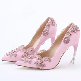 Promotion taille 34 talon rose Crystal Clear Heel Envening Party Prom Chaussures à talons hauts 9cm pointu Toe Mariage Chaussures de mariée Taille 34-42 Plus Size Pomme de satin rose
