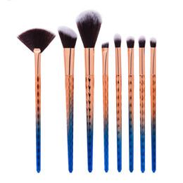 Mybasy high quality 8pcs fish scale wave pattern fan brush professional mane brush beauty necessities Makeup Brush tool