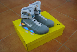 Wholesale Nike Air Mag Men Limited Edition Back To The Future McFly Mags shoes With LED Lights Battery Charging Size
