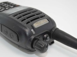 2017 deux radios bidirectionnelles vente Vente en gros-Hot Walkie Talkie Baofeng uv-b6 uvb6 radio bidirectionnelle Dual Band VHF 136-174 / 400-470MHz émetteur-récepteur UHF Talkie Walkie UV B6 deux radios bidirectionnelles vente offres