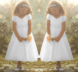 De manga corta cuello en v en Línea-2015 El más nuevo diseño del florista vestidos por encargo Nueva Bella Durmiente inspirado una línea de cuello en V manga corta con cuentas la cintura natural de longitud de té