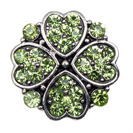 Wholesale NSB2142 Hot Sale Snap Buttons Jewelry mm Buttons Fashion DIY Charms Clover Snaps Antique Metal Buttons