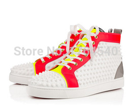 Wholesale Chaussures de fond gros rouge hommes Les hommes de qualité des bottes lacées haut pointes strass espadrille avec des chaussures de plein air Chaussures Parti
