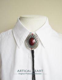Western Men Bolo Tie Original Vintage Silver Plated Southwest Pattern Oval Wedding Bolo Tie Necklace BOLOTIE-001SL