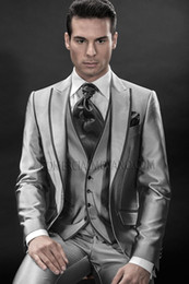 New Arrival Groom Tuxedos Peak Lapel Groomsmens Suit Silver Gray Slim Fit Best Man Wedding Prom Dinner Suits (Jacket+Pants+Tie+Vest) K245