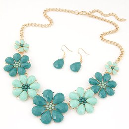 Fashion Trendy Gold Plated Jewelry Set For Women Resin Flower Statement Necklace Set Bijoux Femme Five Colors