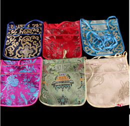 Fashion style Tranditional Chinese Embroidery silk Packaging Pouches Jewelry Travel Storage satin passport Bag Mix Color