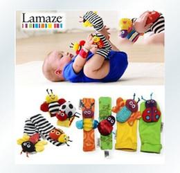 2017 chaussettes lamaze hochet nouveau bébé arrivée hochet bébé jouets en peluche Lamaze jardin Bug poignet hochet + pieds chaussettes abeille coccinelle montre avec le paquet de détail chaussettes lamaze hochet à vendre