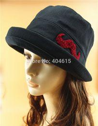 Wholesale-wholesale adult summer outdoor beach sun caps women and men linen upturn brim bucket hats