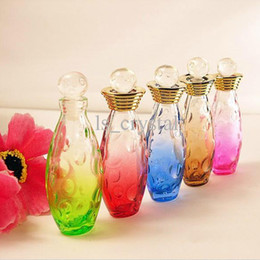 Wholesale Collectible ml MINI Glass Perfume Bottle Color Oval Empty Scent Fragrance Bottle Roller Lids Refillable Essential Oil Vials