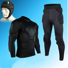 Wholesale HOT Goalkeeper Clothing new long sleeved clothes suit thickened goalkeeper goalkeeper service gantry clothing kneepad elbow armor helmets