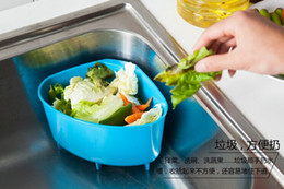 Wholesale Creative kitchen sink triangular plastic trash debris storage basket drain basket washing basket