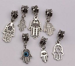 Wholesale Hot Sale Antique silver Alloy mix Hamsa Hand Dangle Bead Fit Charm Bracelet mn47