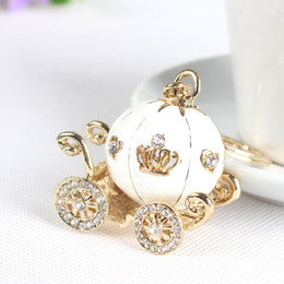 YIYUAN creative keychain bag pendant Crystal Cinderella Pumpkin Carriage key chain Christmas gift 4 colors DHL Free Shipping