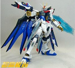 Wholesale Assembled GUNDAM Strike Freedom am with stand Blue Robot gundam SEED inch anime figure