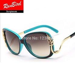Luxury metal leaf ladies sunglasses UV400 vintage sunglasses women brand designer retro sun glasses oculos de sol feminino sg105