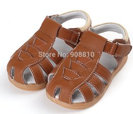 Wholesale SandQ baby Boys sandals genuine leather soft new summer for bebe meninas or meninos first walker shoes black cinnamon for bare feet